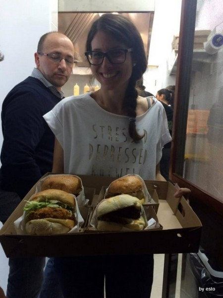 Egidio Cerrone  apre  Puok Burger Store prove d'autore