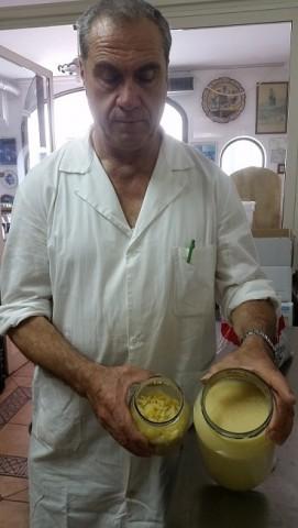 IL GUSTO DELLA COSTA 6 - Valentino con i composti per la marmellata di limoni