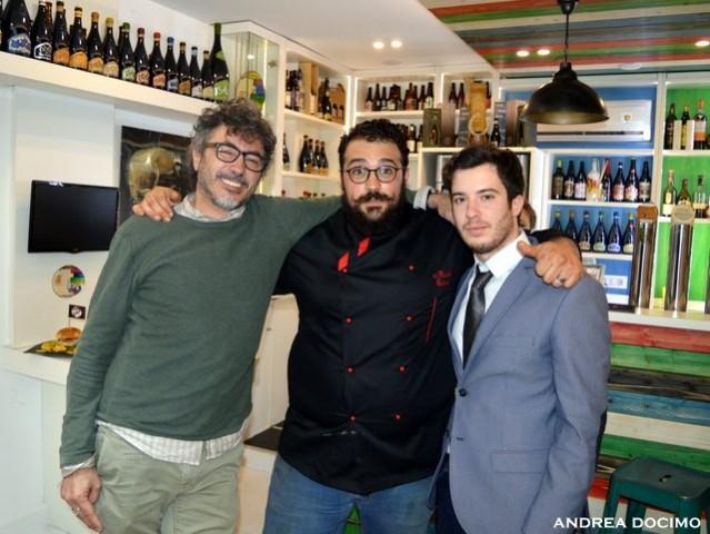 B-Zone & La Taverna di Bacco. Il Panino di Cristiano con Teo Musso. Teo Musso, Cristiano De Rinaldi ed Andrea Docimo