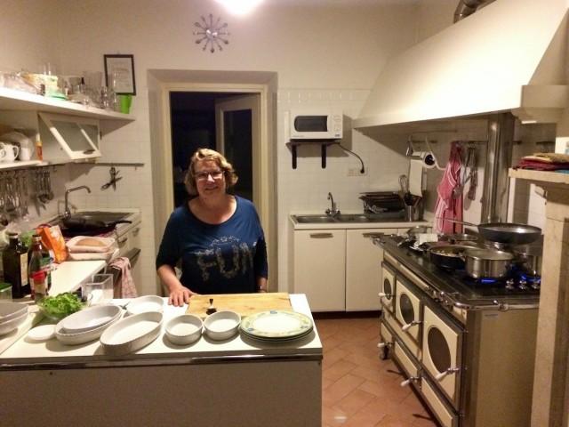 La signora Amalia nella sua cucina