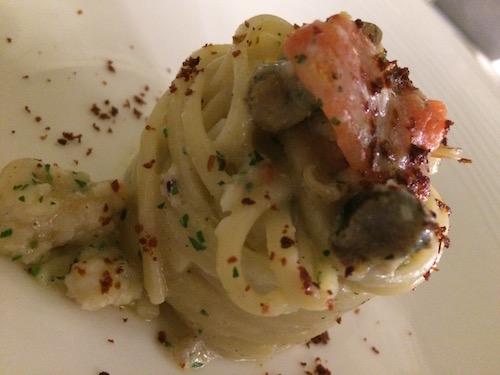 Linguina con Cicale, peperone crusco e lumache di mare (murici)