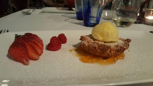 MARINA GRANDE, Sbrisolona con gelato e marmellata all'albicocca