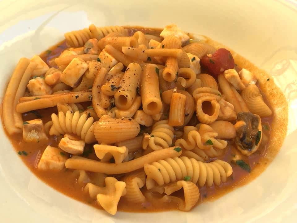 Osteria dell'Orologio, minestra di pasta mista con fagioli e cozze