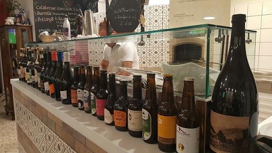 PINETA, Forno maiolicato e selezione di birre artigianali