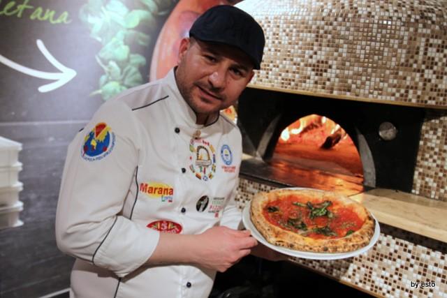 Pizza Cucina Caffe Ivan Di Leva Pizza Marinara con capperi e acciughe