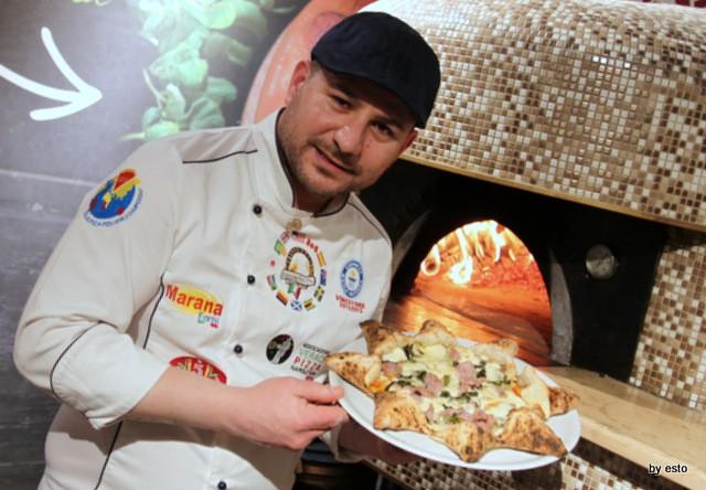 Pizza Cucina Caffe Ivan Di Leva Pizza a Stella