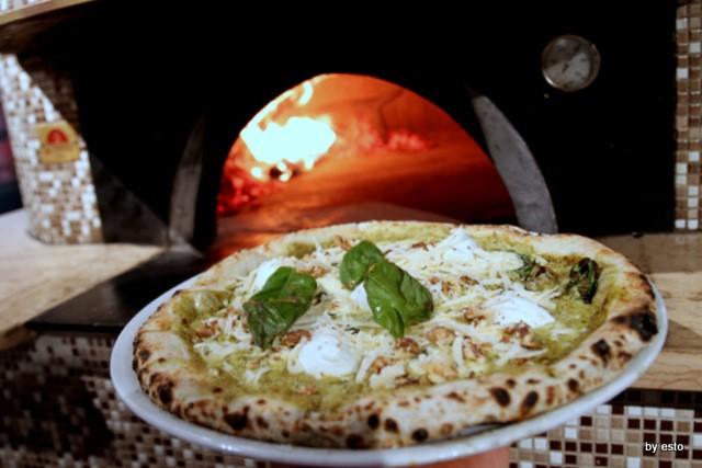 Pizza Cucina Caffe Ivan Di Leva Pizza con impasto al pesto