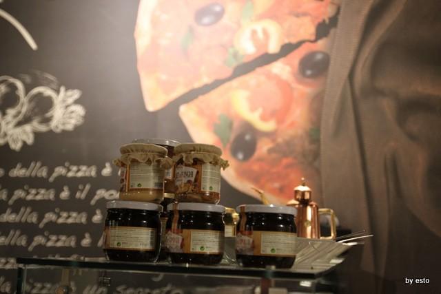 Pizza Cucina Caffe Ivan Di Leva i prodotti