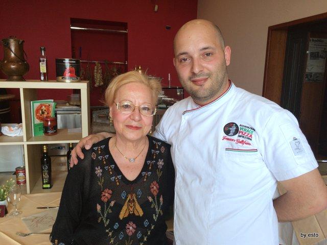 Pizzeria Franco Franco Gallifuoco e la mamma Maria Calabrese