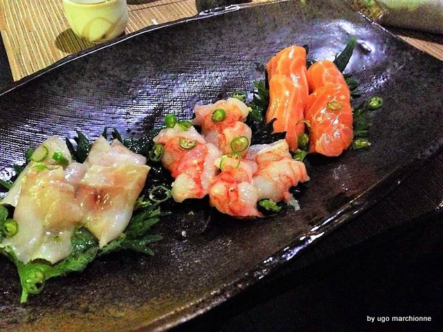 Tender Sushi Bar  Sashimi salmone ricciola