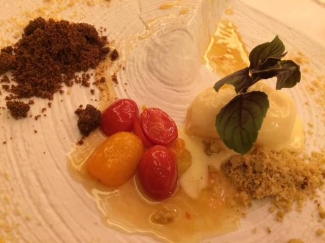 Achilli al parlamento, il dessert pomodoro e mozzarella