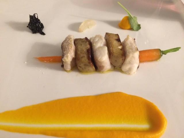Indaco, pezzogna e foie gras con crema di carote
