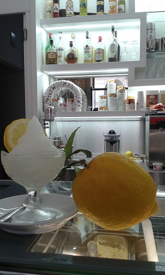 CAFFE UMBERTO - La granita al limone di Carlo Mansi