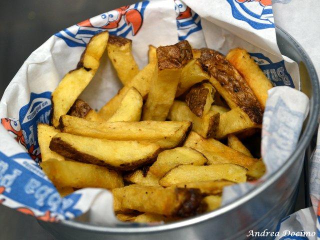 Bubba Pub a Pozzuoli. Le patate fresche fritte