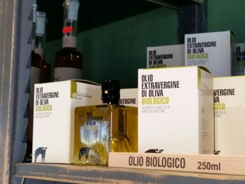 Esposizione di olio biologico