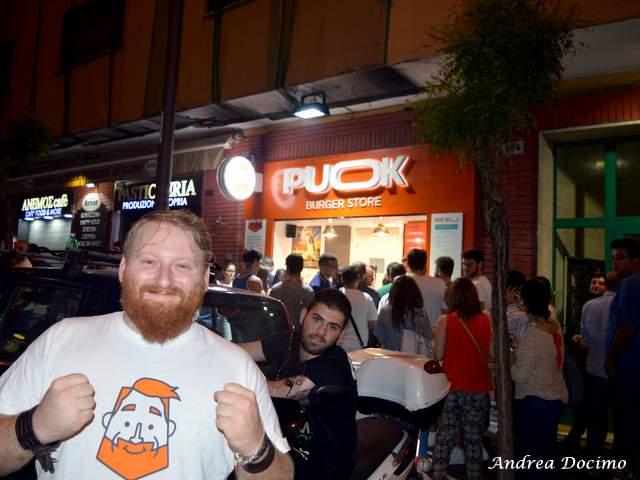 PUOK Burger Store al Vomero. Egidio Cerrone, alias Puok e Med