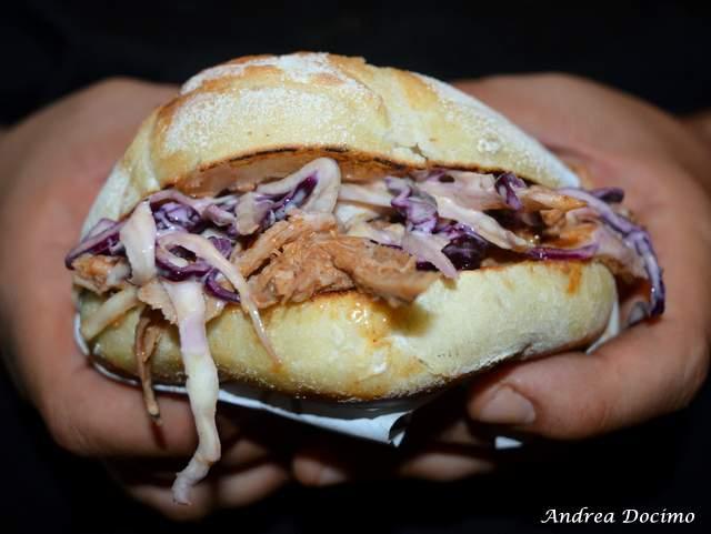 PUOK Burger Store al Vomero. Il panino PULLED PORK
