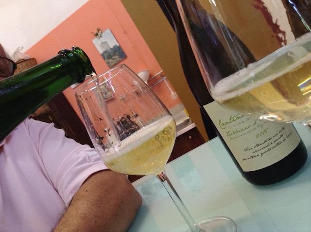Trebbiano 2015 e Bicchiere di Spumante Rustico di pecorino