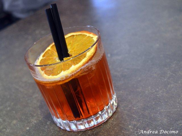 Da Gigione a Pomigliano. Il cocktail IL LATO B DEL NEGRONI di Nino Siciliano