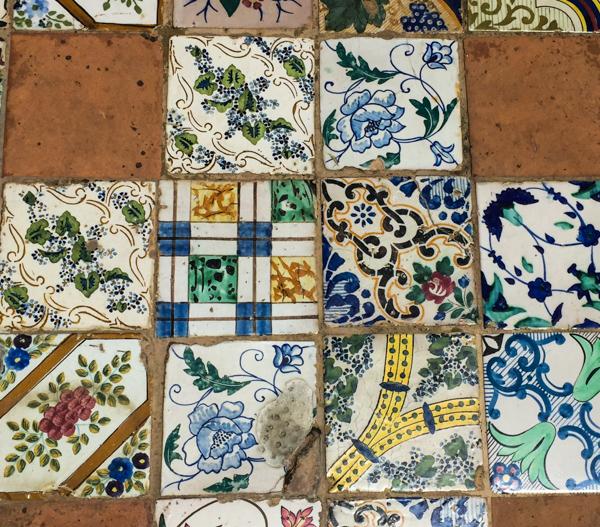 Don Alfonso dal 1890-Pavimento di ceramiche dell''800