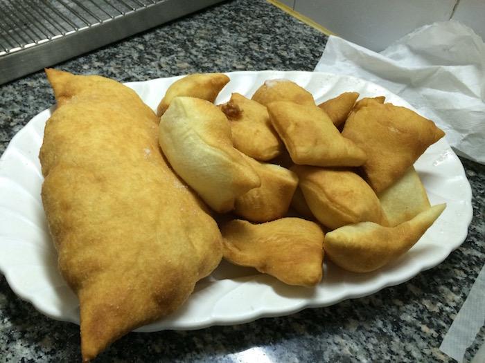 Il Grottino, panzerotti e pettoline fritte