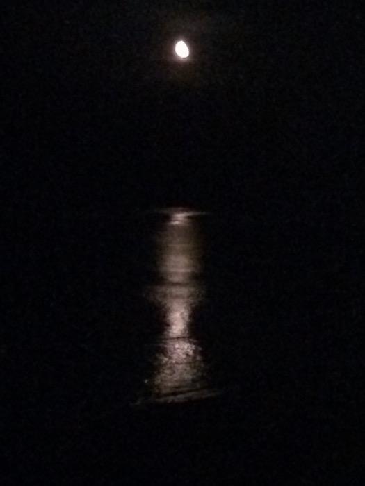 La luna che si specchia vicino al Trabocco