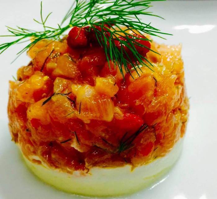 MAESTRO DEL GUSTO - Tartare esotica di salmone con finocchietto e bacche di goji