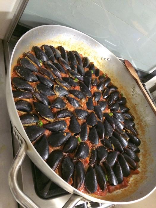 Cena sul Trabocco, Padella di Cozze Ripiene