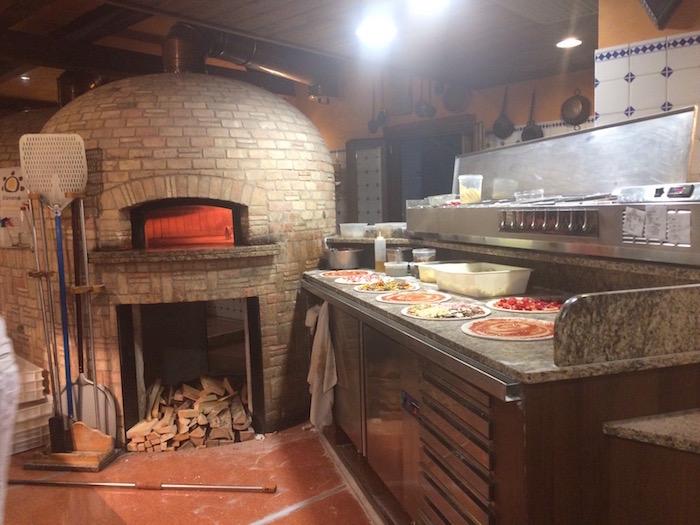 Pizzeria La Catapecchia Treviso, Forno a Legna