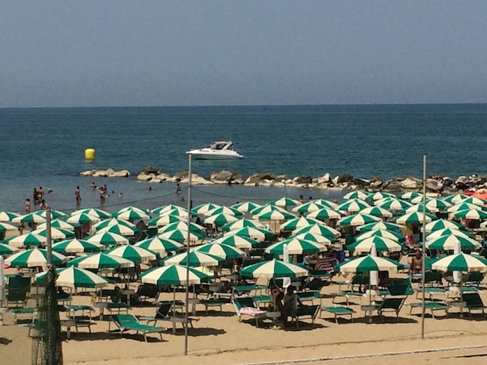 Ristorante Molinett, la spiaggia a 10 metri