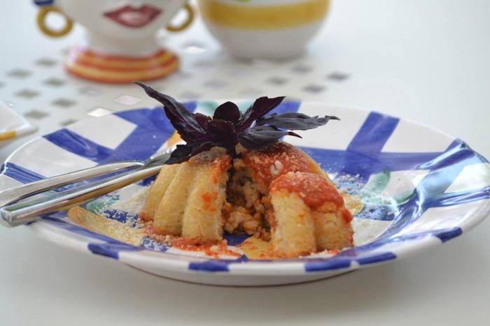 SAL DE RISO Il pranzo, il sartu di riso alla napoletana