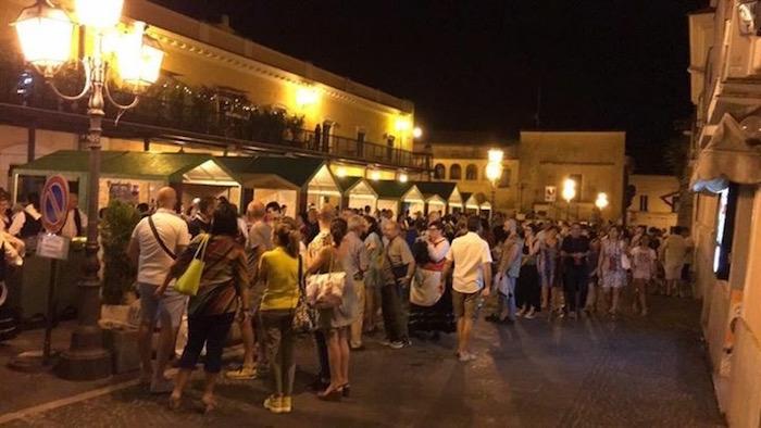Stand di vino e cibo centro storico di Chieti