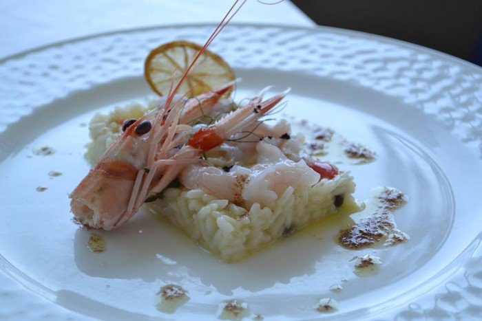 TORRE NORMANNA - Riso carnaroli con agrumi, scampi, calamari e ricciola