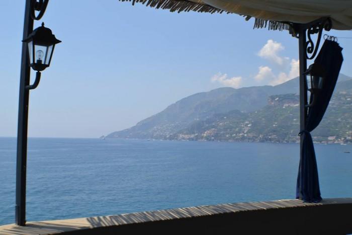 TORRE NORMANNA - Particolare sulla Costa d'Amalfi