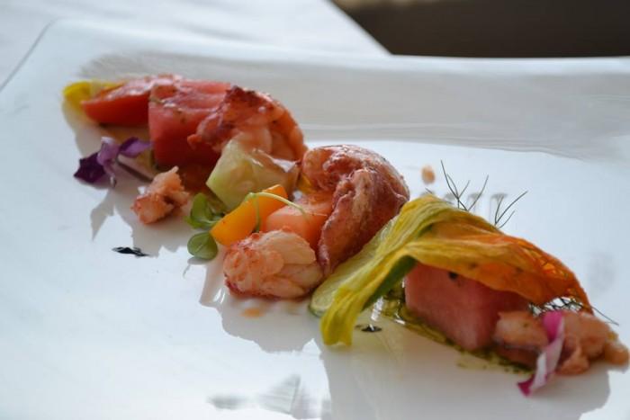 TORRE NORMANNA - Astice scomposta con anguria e cantalupo, la sua emulsione e uova di salmone