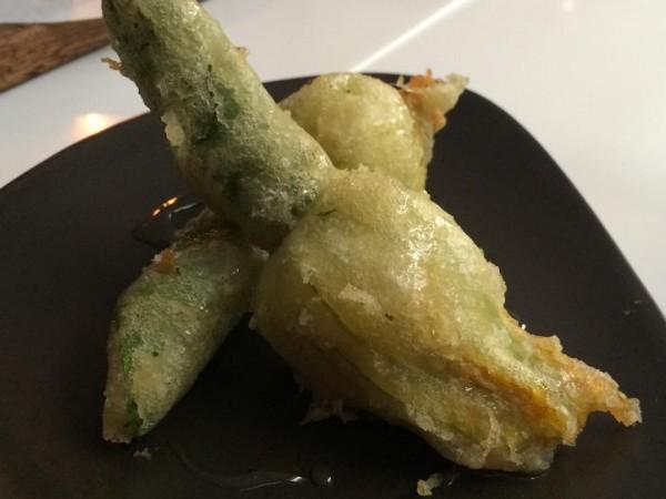 Ottolenghi Spitalfields, tempura di fiori di zucca