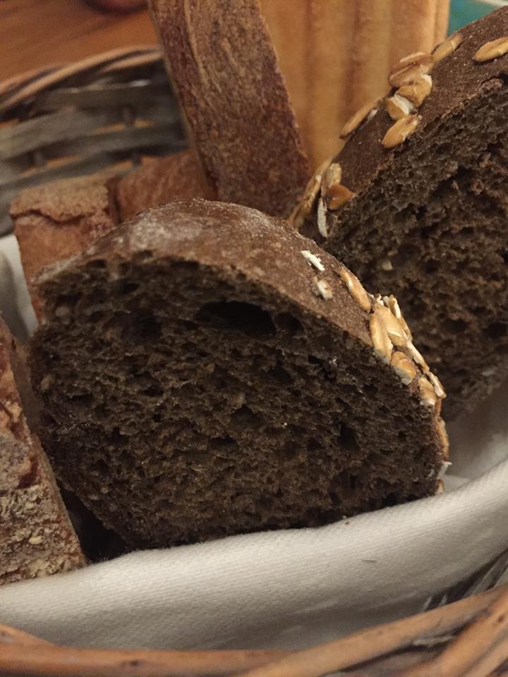 Magazzino 52 Torino, il pane