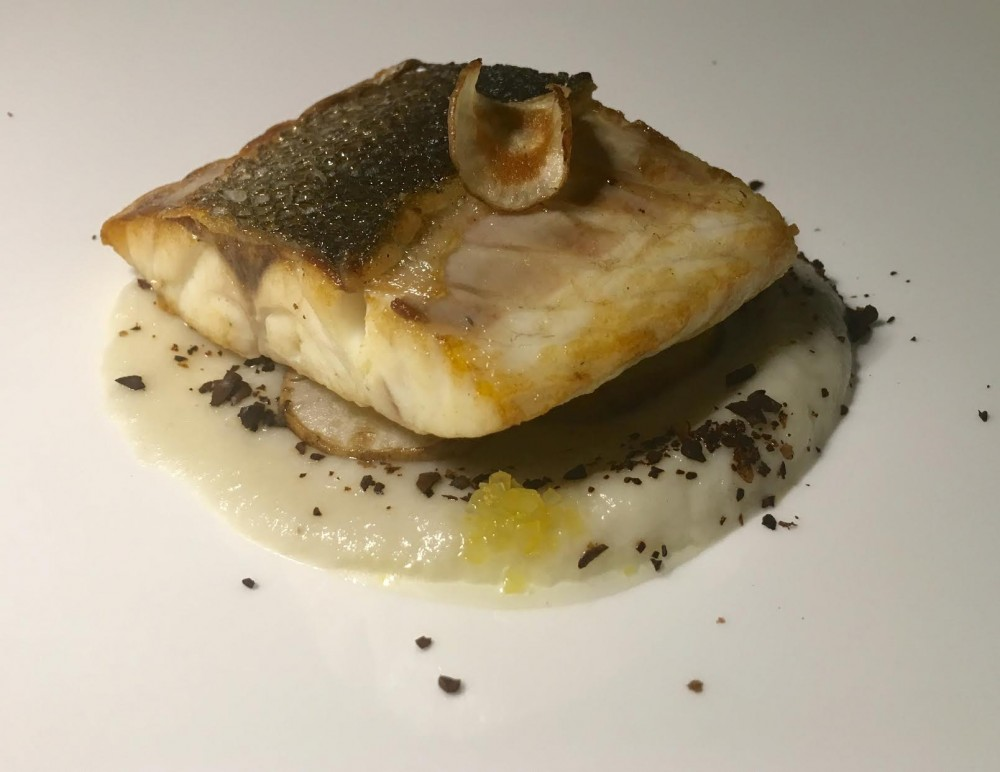 IT, branzino scottato con topinambur