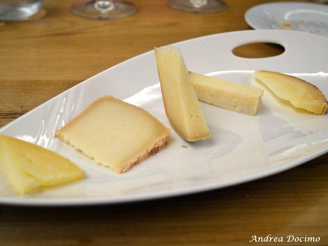 La Locanda di Bu a Nusco. La degustazione di formaggi