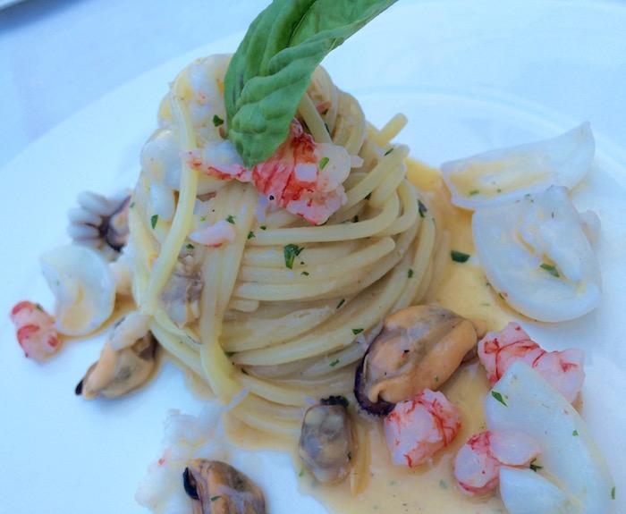 Ristorante Gallo, Spaghetti con frutti di mare in bianco