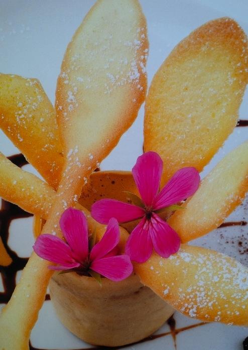 Impressionismo di zabaione e crema al caffe'
