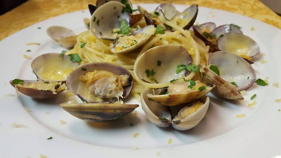 Spaghetto a vongole, Osteria Reale, Tramonti