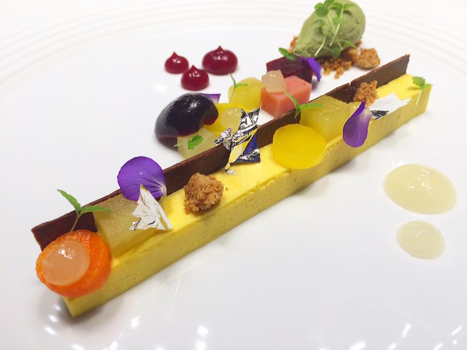 Comandante Dell'Hotel Romeo, Frutta e Verdura speziata con gelato al basilico