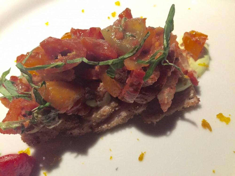 Le Calandre, Ventresca di tonno con crema di bottarga e panzanella di Camone