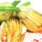 Fiorilli di zucchine in tempura al profumo di zenzero