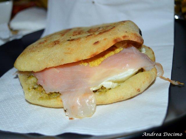 La Quinta Pinta a Caserta. Il panino Tom Waits