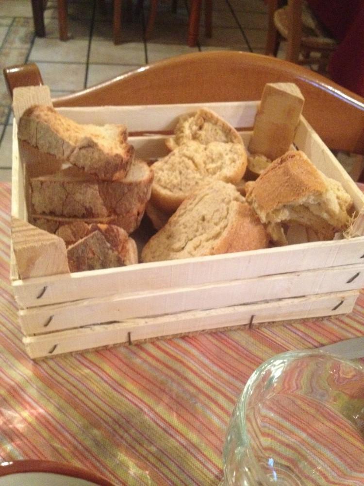 Osteria O Marcsin, pane biscottato