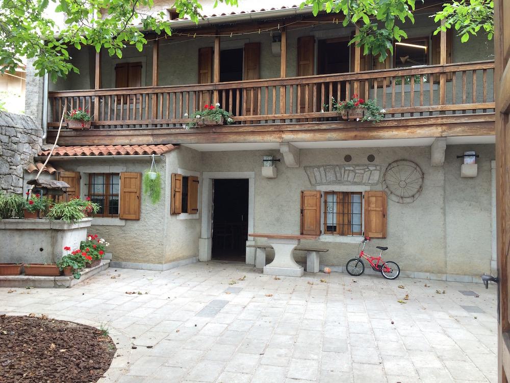 Škerk, casa di famiglia