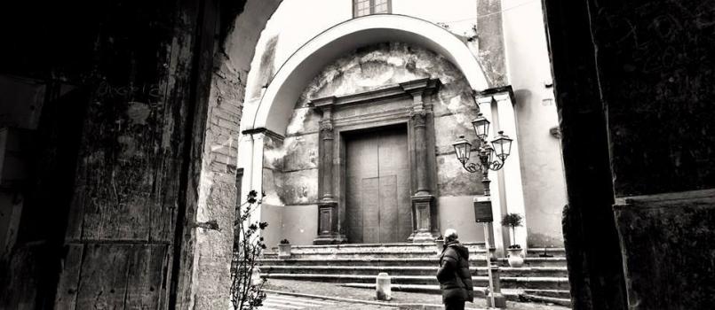 Sant'Egidio uno dei portoni, foto tratta da ecampania