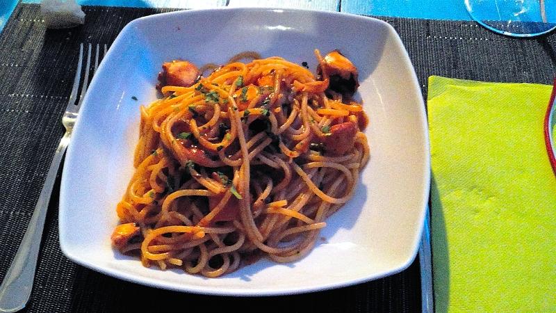 Tredicigradi, spaghetti con polpo